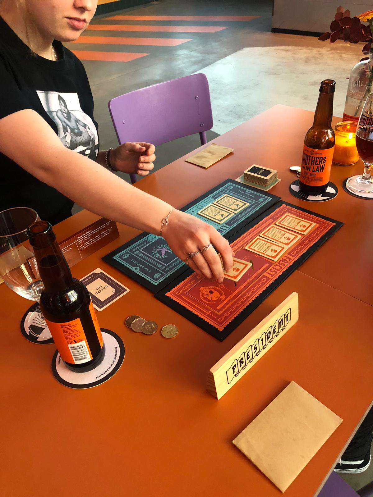 Board game curator